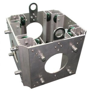 F34 Ground Support Tower Sleeve Block (with Half-Spigot Connectors on 2 Faces)