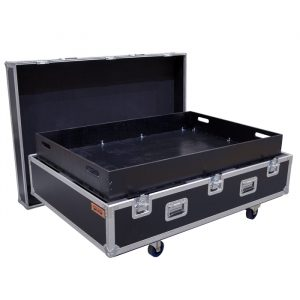 Custom case to house 2 complete Meyer Sound flybar setups 1x Setup includes: 1x Flybar frame 1x Motor Vee Plate 2x Rear Pull up plates 1x Pull back frame